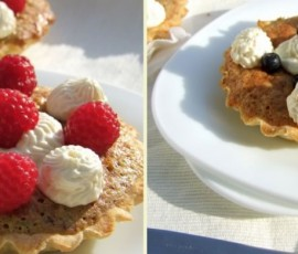 Daring Bakers – Berries Bakewell Tarts