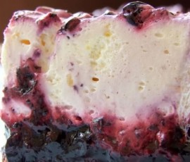 Lavender Honey Bluberries and Youghurt Mousse Cake